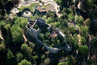 Burgruine Badenweiler aus der Vogelperspektive